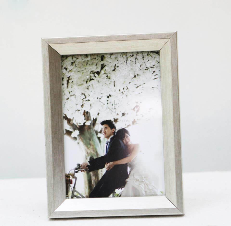 Sử dụng mẫu khung ảnh cưới để lưu giữ những khoảnh khắc tuyệt vời nhất trong cuộc đời bạn