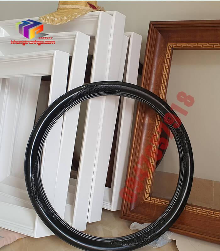 Phào gỗ khung tranh tròn khung đen